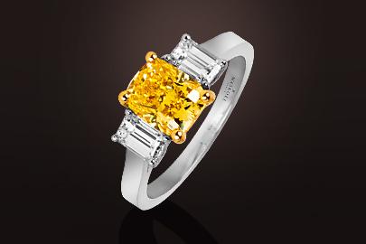 Bague diamant jaune vivid yellow