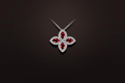 pendentif rubis diamants